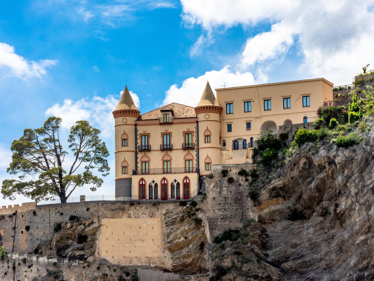 Il Castello Mezzacapo a Maiori -  Travel Amalfi Coast by Travelmar
