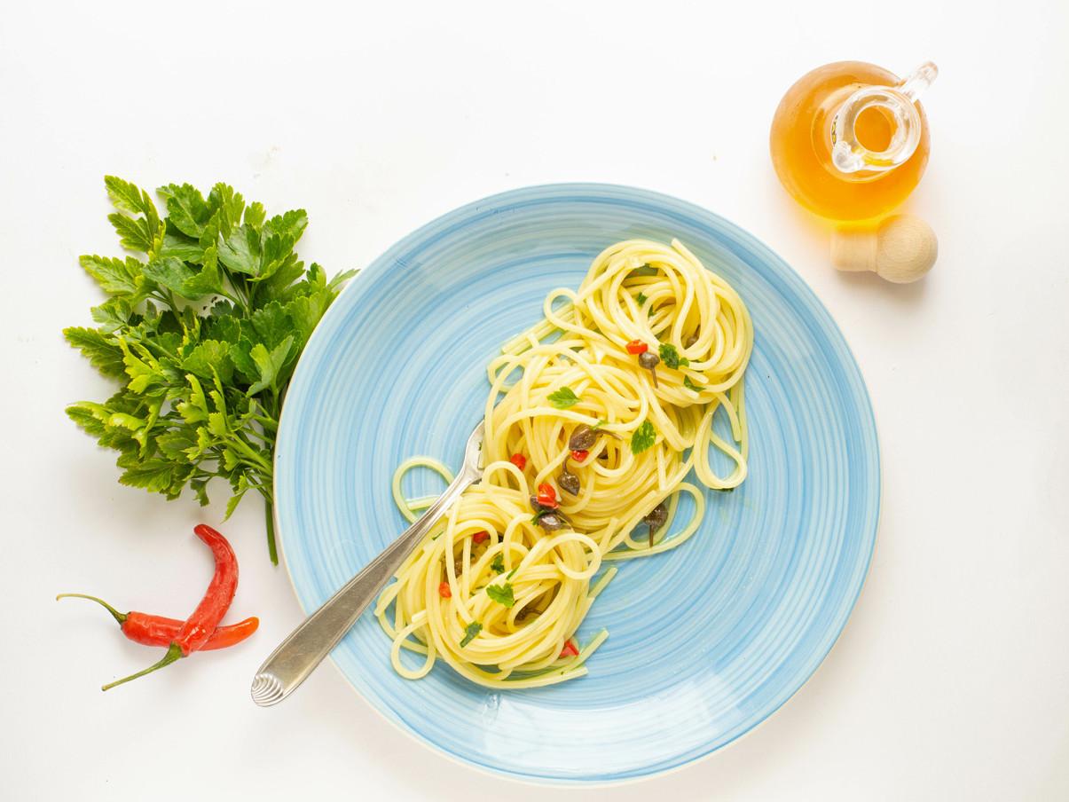 Spaghetti con colatura di alici - Travel Amalfi Coast by Travelmar