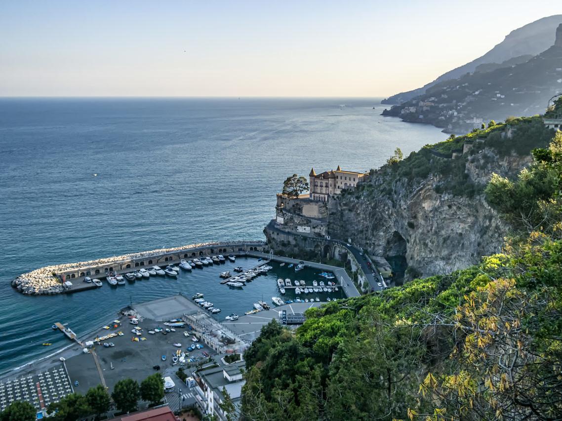 Maiori: Un'oasi di pace tra mare e natura - Travel Amalfi Coast