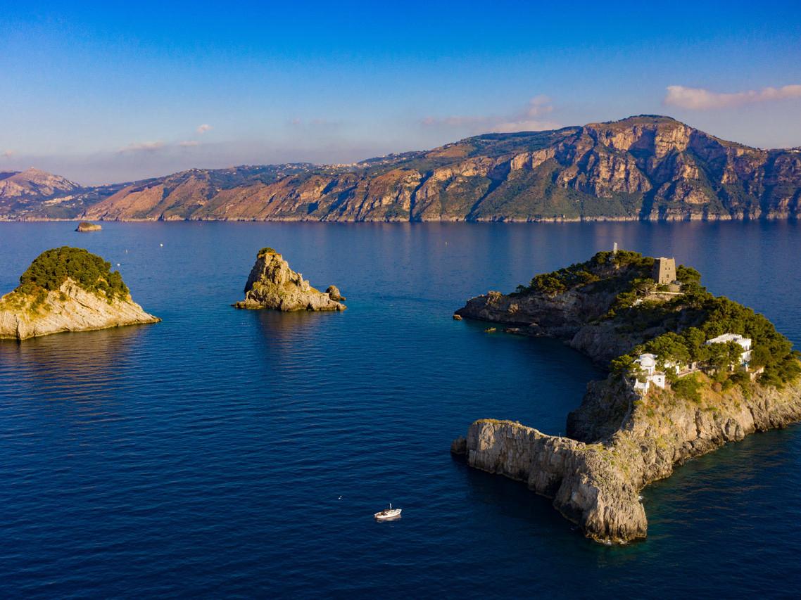 Li Galli: La dimora delle sirene - Travel Amalfi Coast