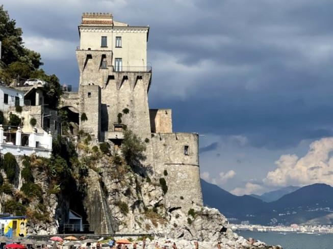 La Torre vicereale di Cetara - Travel Amalfi Coast by Travelmar